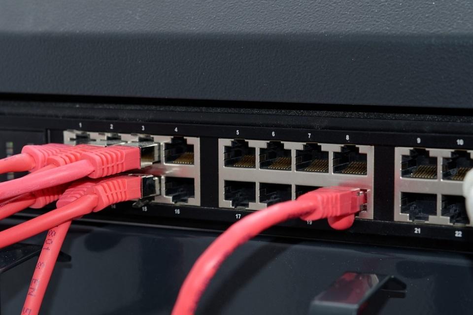 Imagem de Descubra agora mesmo qual a melhor operadora de internet da sua região no tecmundo