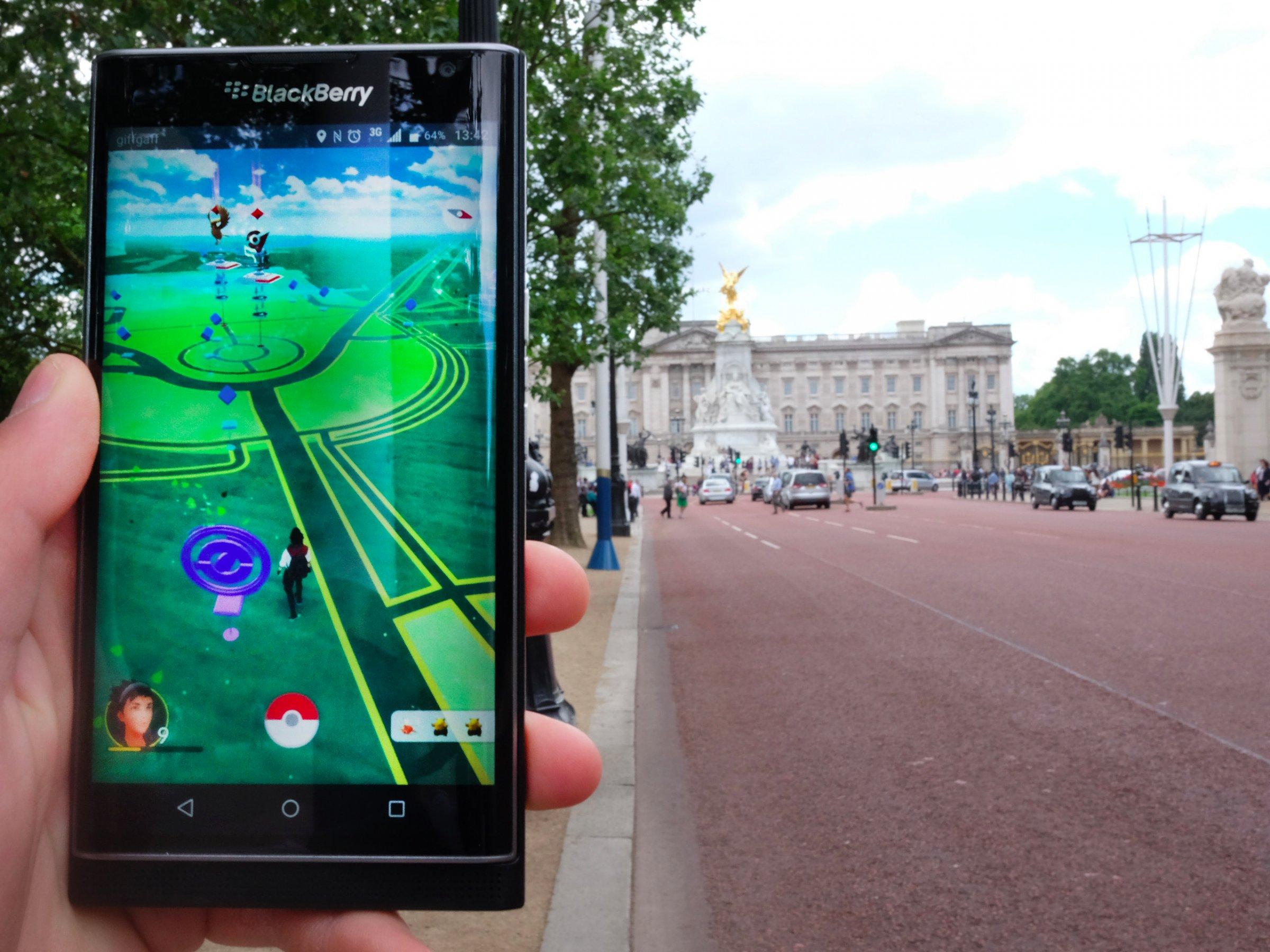 Imagem de Pokémon GO: entenda como funcionam os ginásios no tecmundo