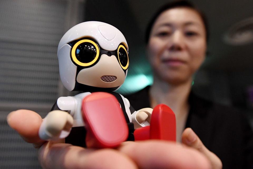 Imagem de Toyota lança mini robô para... Não citem Skynet, por favor no tecmundo