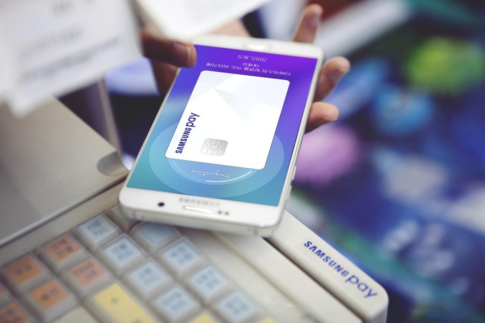 Imagem de Nova vulnerabilidade descoberta no Samsung Pay permite roubar dados via NFC no tecmundo