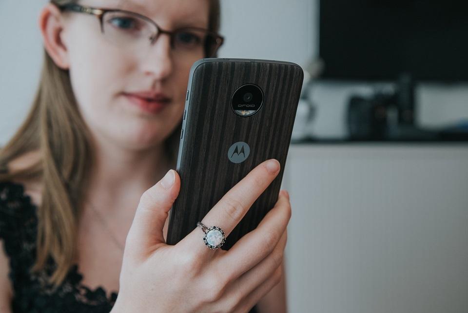 Imagem de Intermediário 'porradeiro': veja fotos e especificações do Lenovo Moto M no tecmundo