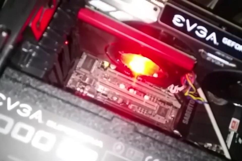 Imagem de EVGA GeForce GTX 1080 pega fogo em vídeo; fabricante já apresenta solução no tecmundo