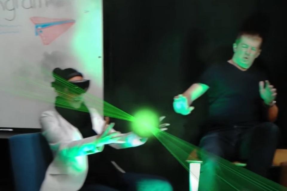 """Imagem de Microsoft usa recursos do HoloLens para criar """"Desafio do Manequim"""" com AR no tecmundo"""