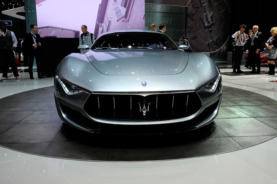 Imagem de Tá todo mundo ligado no 220v! Maserati Alfieri elétrico deve chegar em 2020 no tecmundo