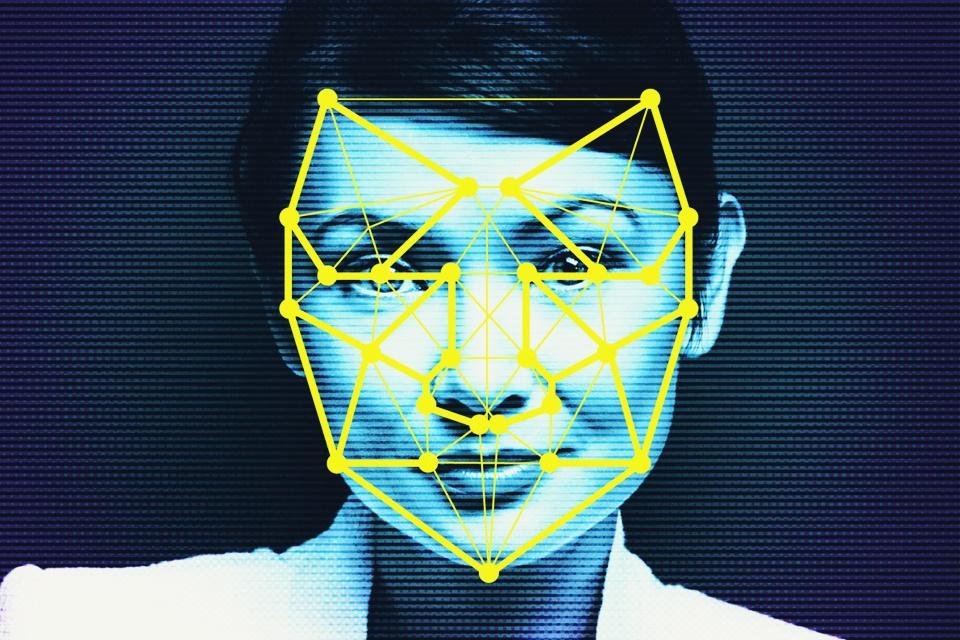Imagem de Abre o olho! Asiático tem foto de passaporte negada por erro de algoritmo no tecmundo