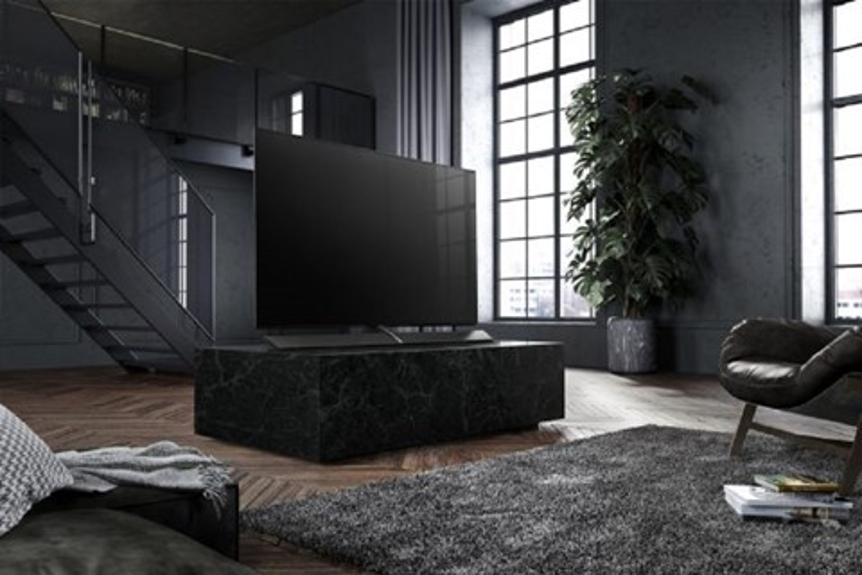 Imagem de Panasonic lança TV OLED bem fininha para competir com a LG OLED  no tecmundo