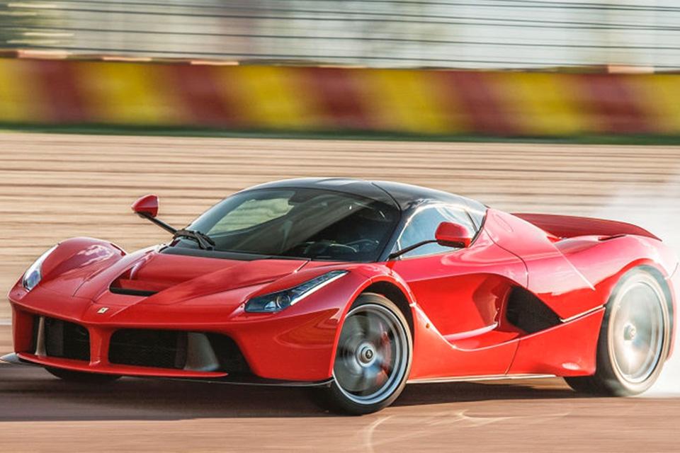 Imagem de Cavalo elétrico: Ferraris a partir de 2019 terão propulsores híbridos no tecmundo