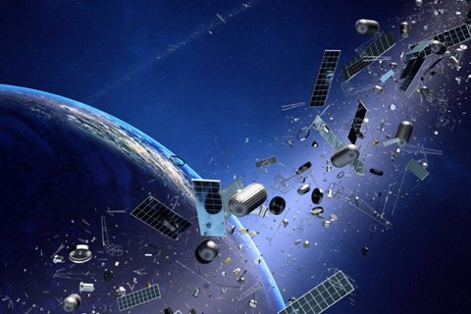 Imagem de Se existe tanto lixo espacial ao redor da Terra, como é que não vemos nada? no tecmundo