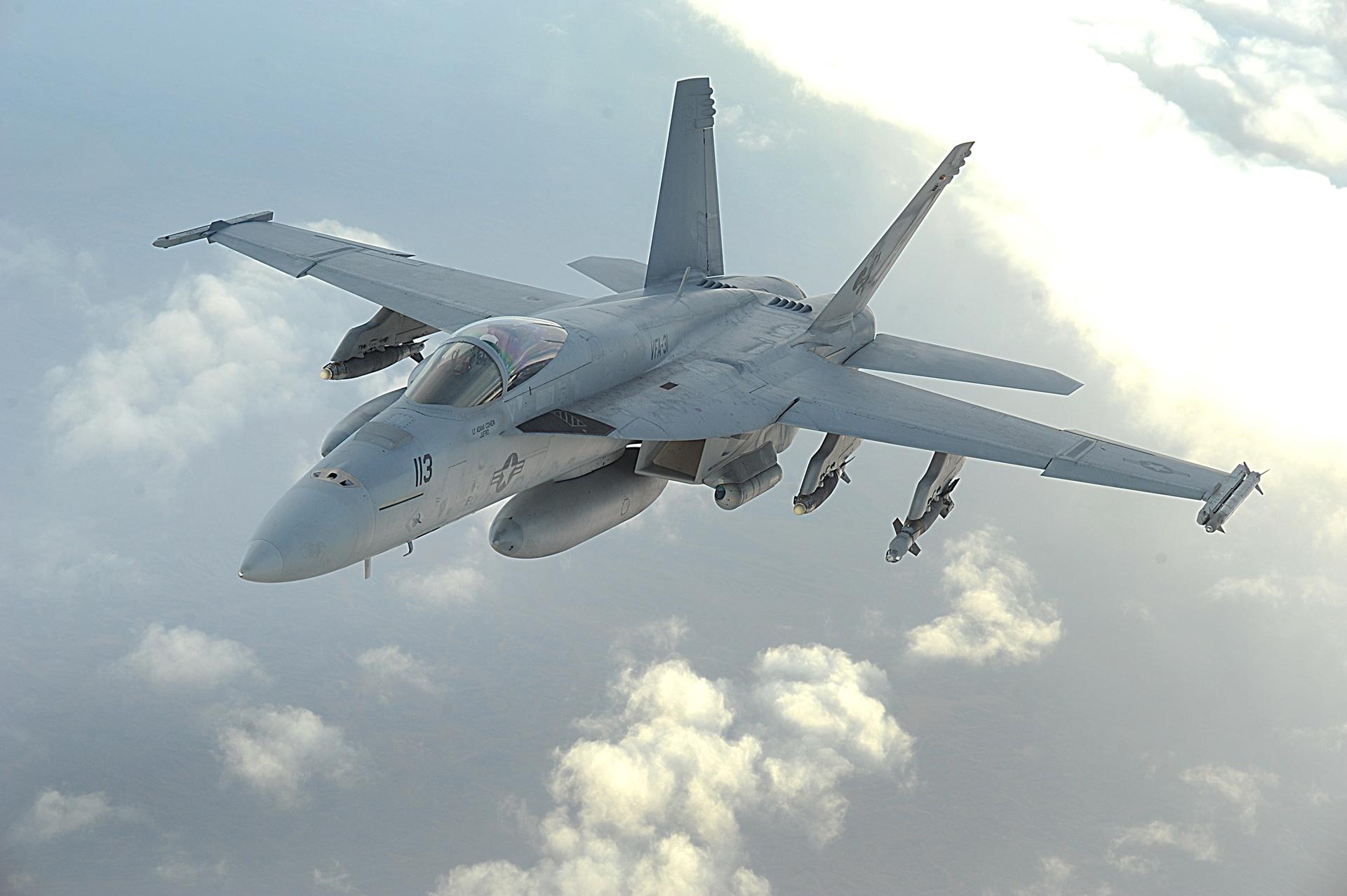 Imagem de Relatório: mais da metade das aeronaves da Marinha americana não voam no tecmundo