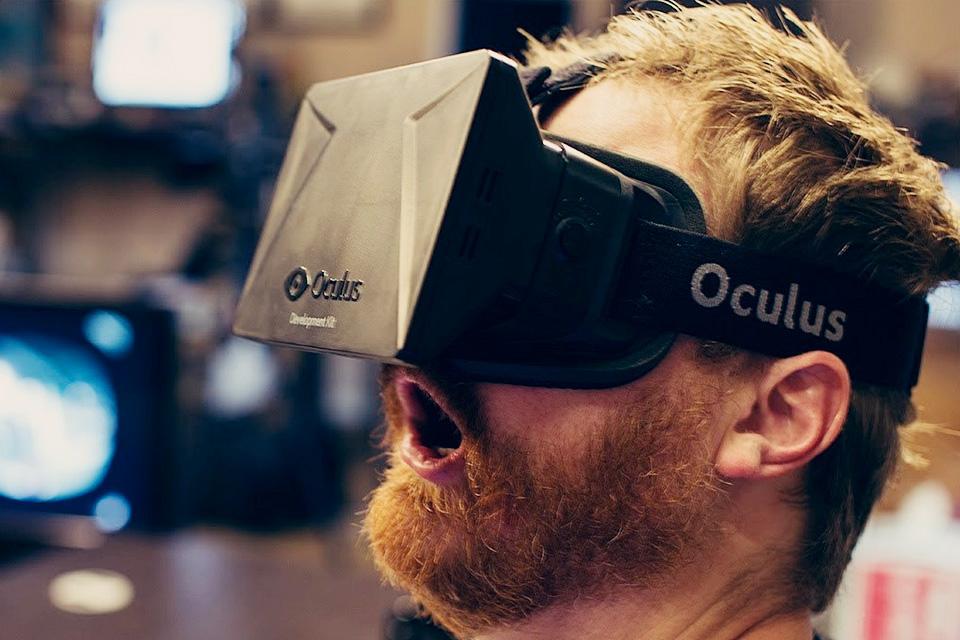 Imagem de Veja por que você não deve trocar a sua namorada por jogos de corrida em VR no tecmundo