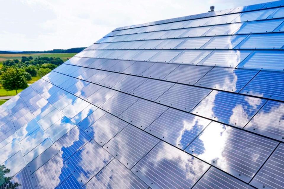 Imagem de Energia limpa em casa: Tesla começa a vender suas telhas solares em abril no tecmundo