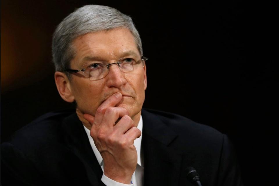 """Imagem de Tim Cook usa """"carta do silêncio"""" para intimidar em entrevistas na Apple no tecmundo"""