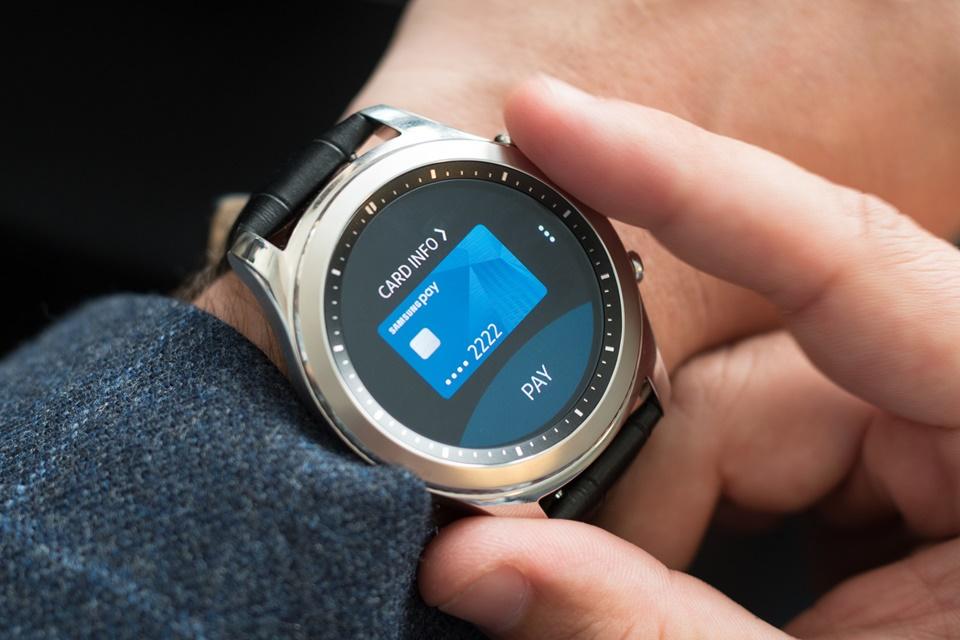 Imagem de Samsung Pay ganha novidades e compatibilidade com o Gear S3 no Brasil no tecmundo