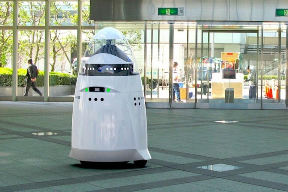 """Imagem de Homem é preso por """"nocautear"""" robô de segurança no Vale do Silício no tecmundo"""