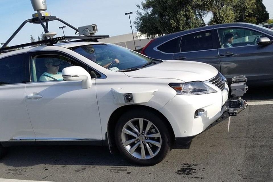 Imagem de Alguém flagrou o carro autônomo da Apple – e as imagens estão aqui no tecmundo