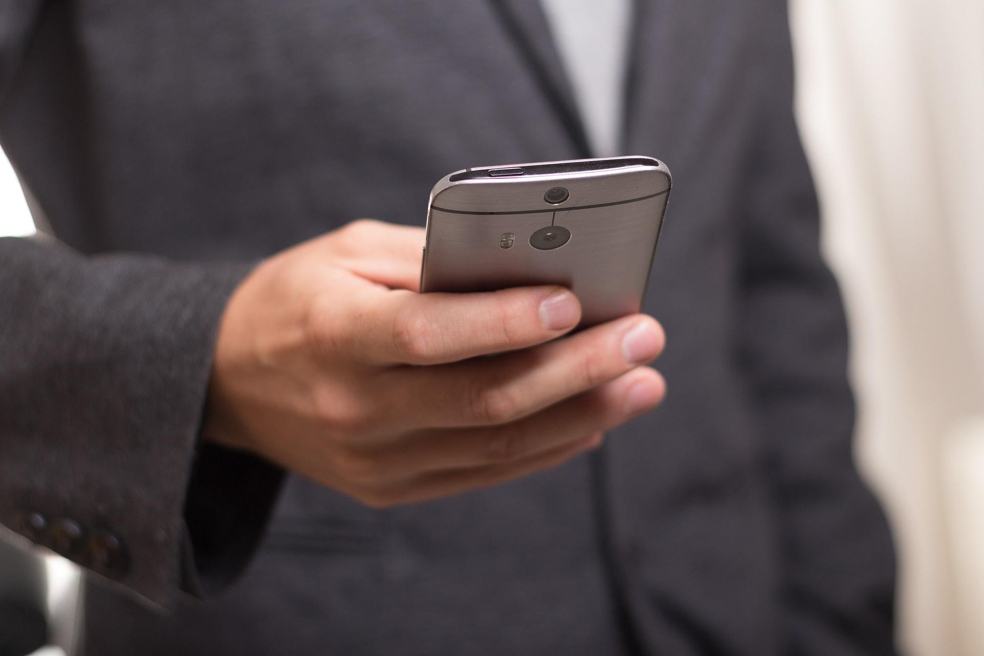 Imagem de Operadoras virtuais Veek Telecom e Movttel iniciam vendas no próximo mês no tecmundo