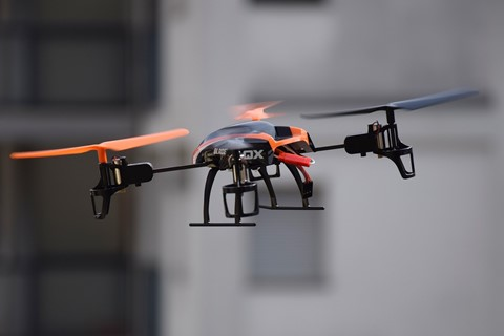 Imagem de Empresa chinesa testa drones para fazer entregas de mais de 1 tonelada no tecmundo