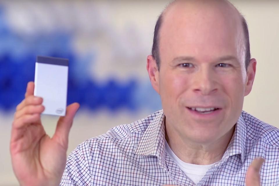 Imagem de Intel lança CPU do tamanho de cartão de crédito em agosto no tecmundo