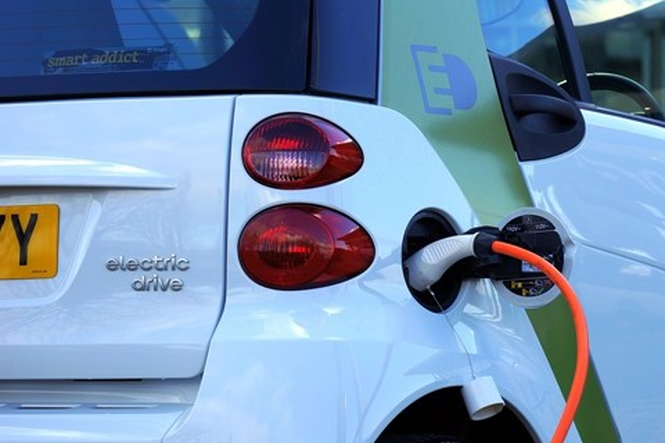 Imagem de Em cinco anos, foram vendidos 2 milhões de carros elétricos no mundo no tecmundo