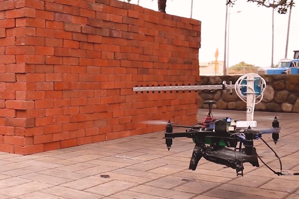 """Imagem de Drones com """"visão de raio X"""" enxergam através de paredes usando WiFi no tecmundo"""