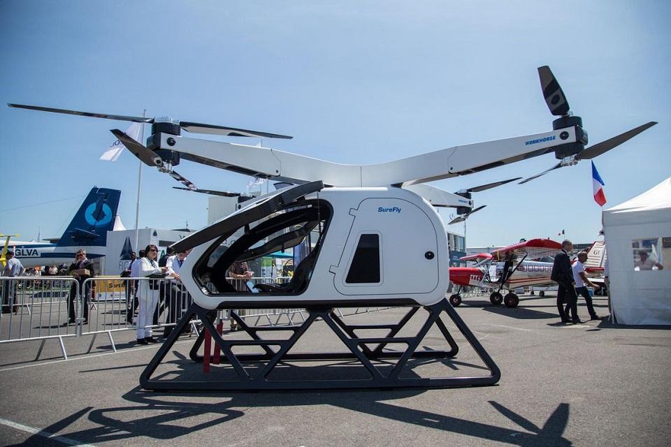 Imagem de Helicóptero pessoal de US$ 200 mil parece um drone gigante no tecmundo