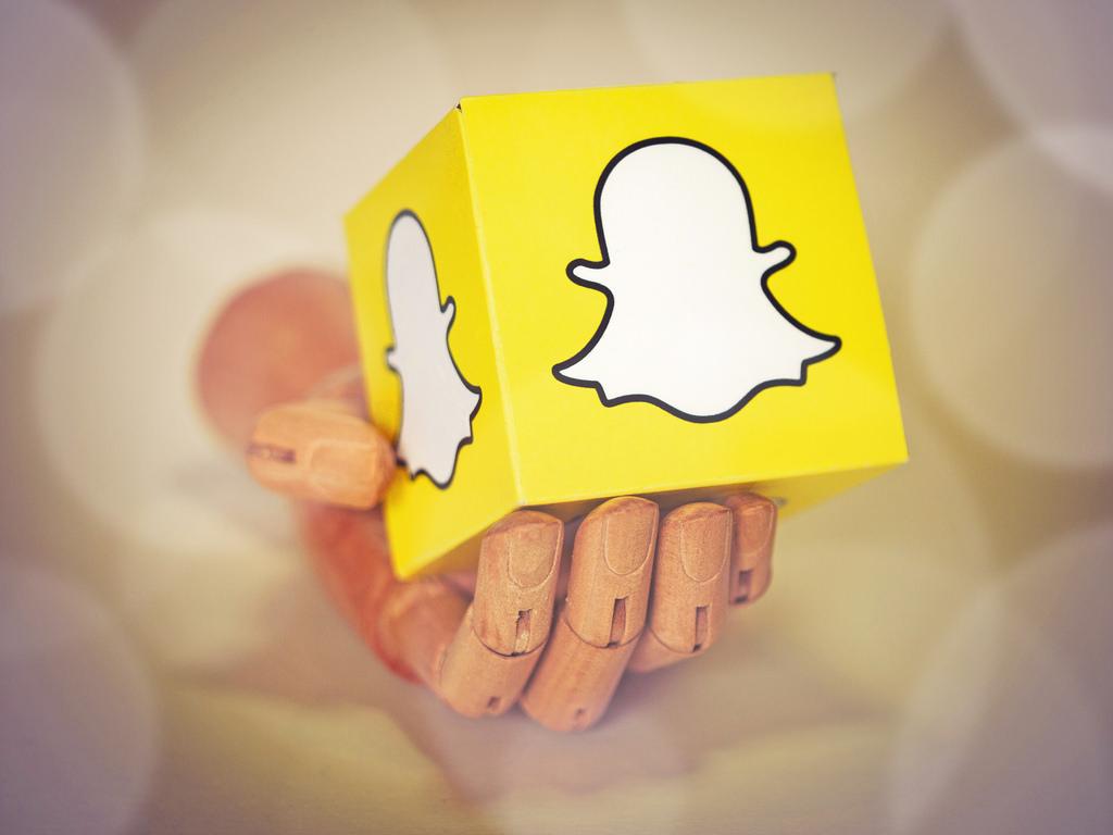 Imagem de Descubra como utilizar fotos e vídeos da sua galeria no Snapchat no tecmundo