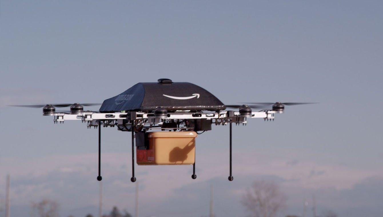 """Imagem de Entrega do futuro: Amazon registra patente para uma """"colmeia"""" de drones no tecmundo"""
