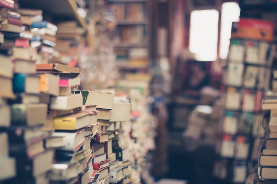 Imagem de Livros podem ter preço fixo no Brasil; entenda no tecmundo
