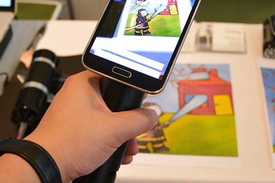 Imagem de Dispositivo produz sensação de calor, frio e dor em realidade virtual no tecmundo