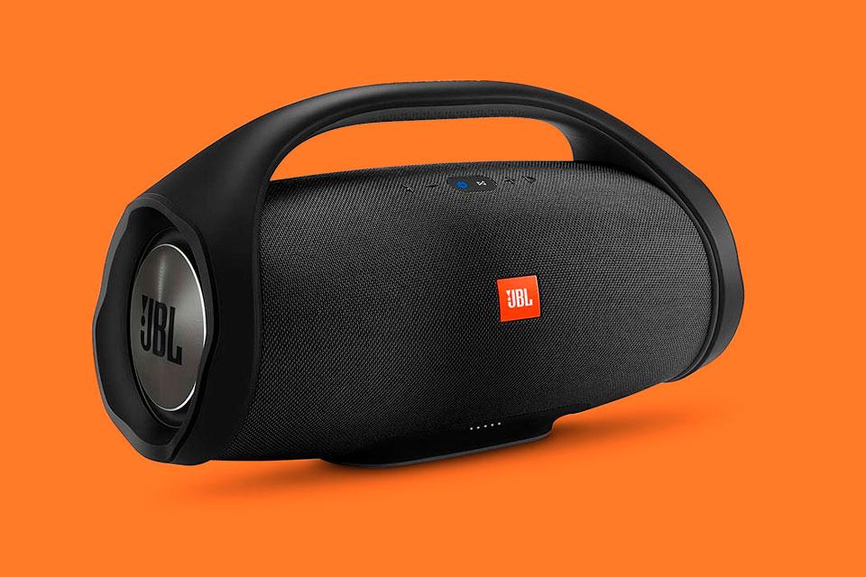 Imagem de JBL mostra o Boombox, seu alto-falante Bluetooth de meio metro no tecmundo