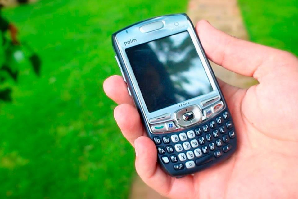 Imagem de Famosa pelos palmtops, Palm vai ser ressuscitada pela TCL em 2018 no tecmundo