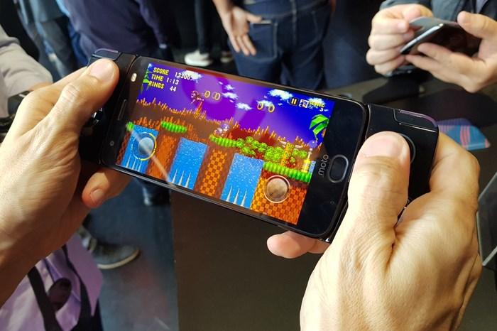 Moto Z2 Force e Snap GamePad