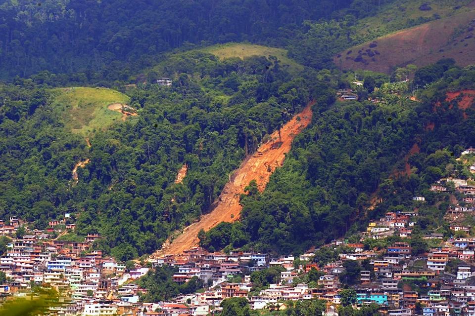 Imagem de Alerta de desastres naturais por SMS será implantado em todo país no tecmundo