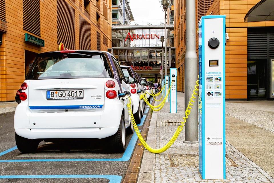 Imagem de Carros elétricos estão mais caros, mas ainda compensam o investimento no tecmundo
