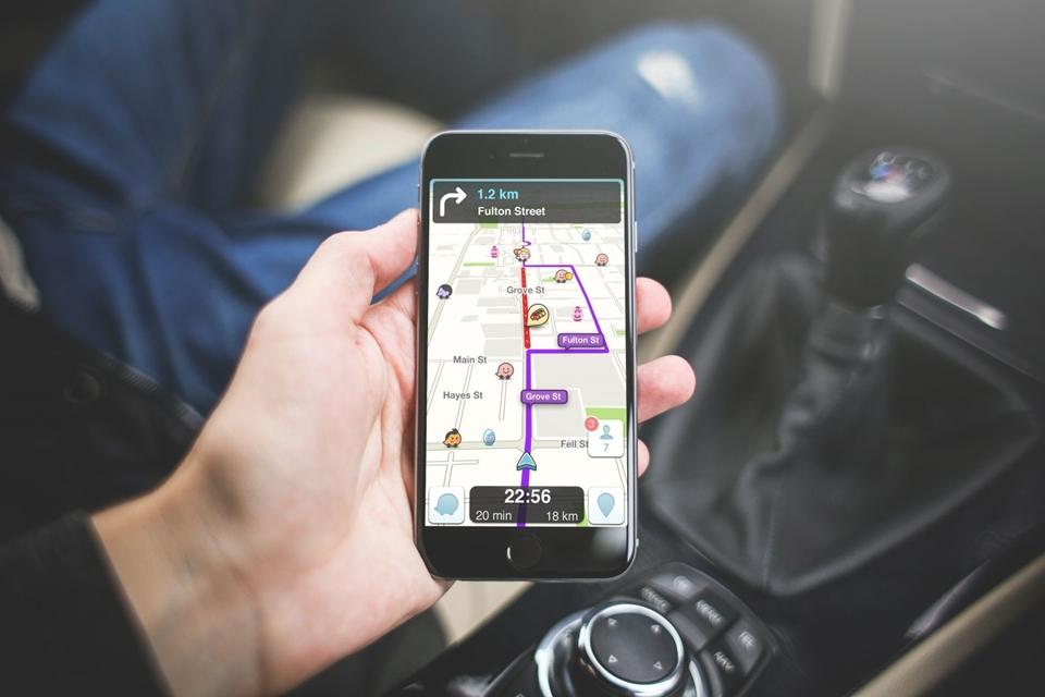 Imagem de Waze: Veja como pedir ajuda no caminho em casos de imprevisto no tecmundo
