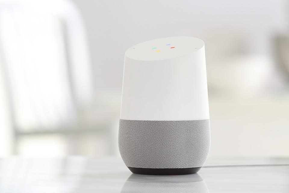Imagem de Google Home vai ganhar uma nova versão compacta e mais barata no tecmundo