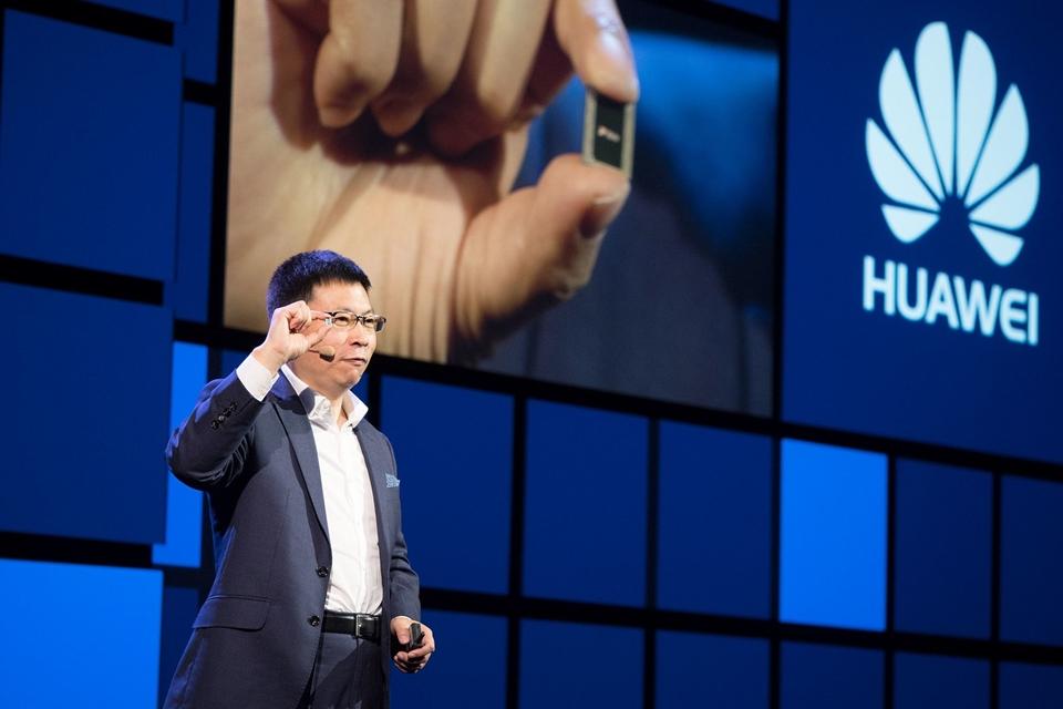 Imagem de A mil por hora! Kirin 970 atinge velocidade de 1,2 Gbps para downloads no tecmundo