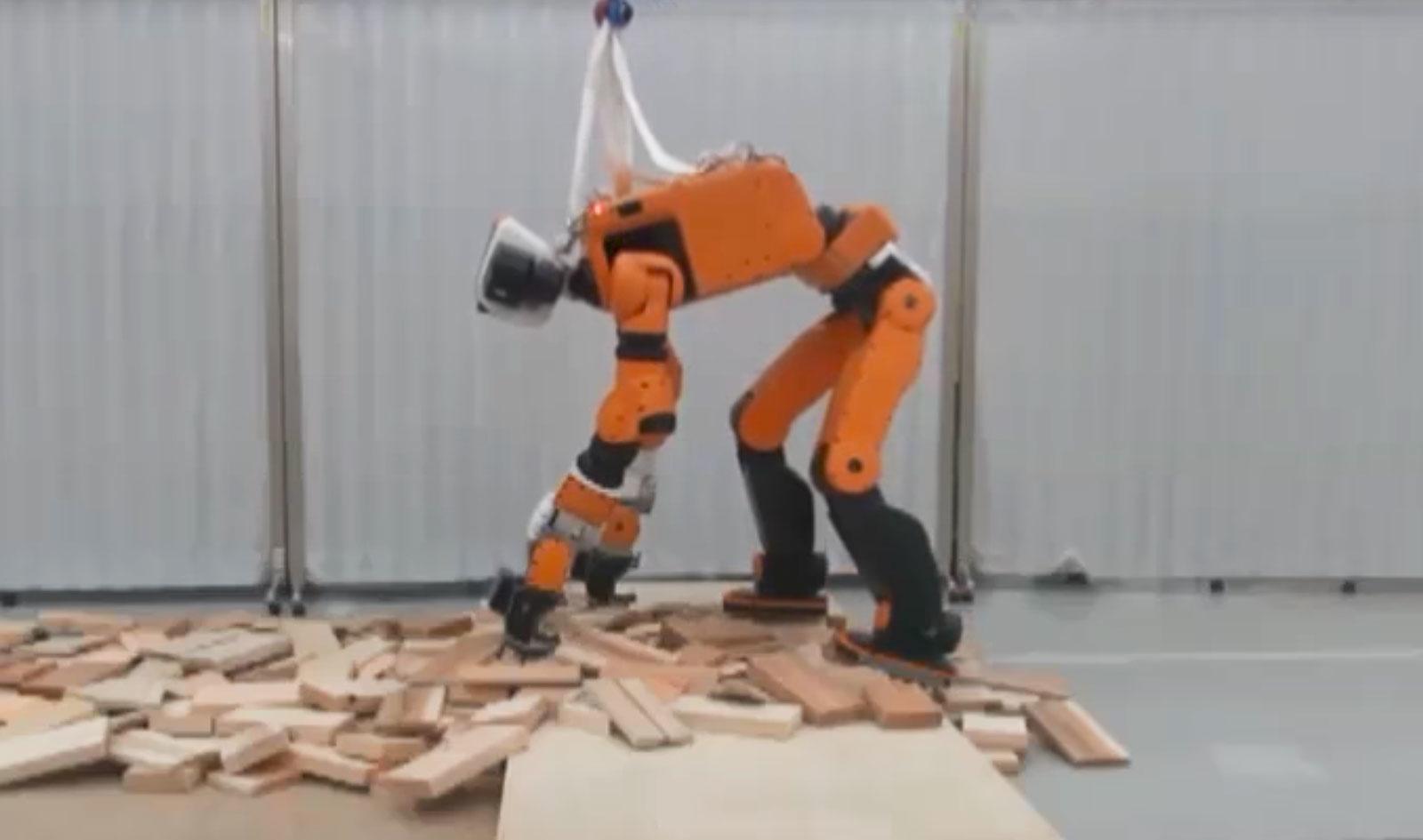 Imagem de Robô multiuso da Honda pode ajudar em inspeções e resgates perigosos no tecmundo