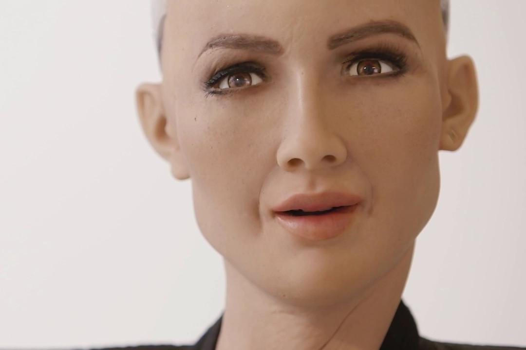 Imagem de Sophia é a primeira robô da história a ter cidadania oficial em um país no tecmundo