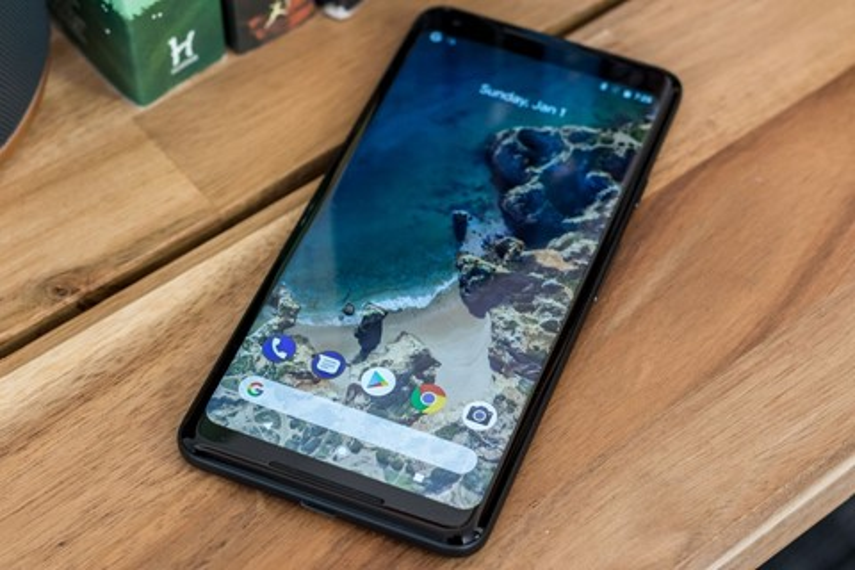 """Imagem de Google Pixel 2 XL é """"torturado"""" em teste de resistência e durabilidade no tecmundo"""