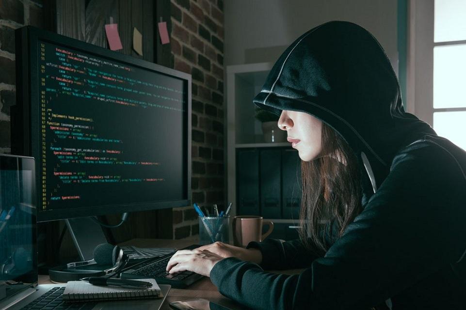 Imagem de A garota brasileira de 20 anos que vai hackear o planeta no tecmundo