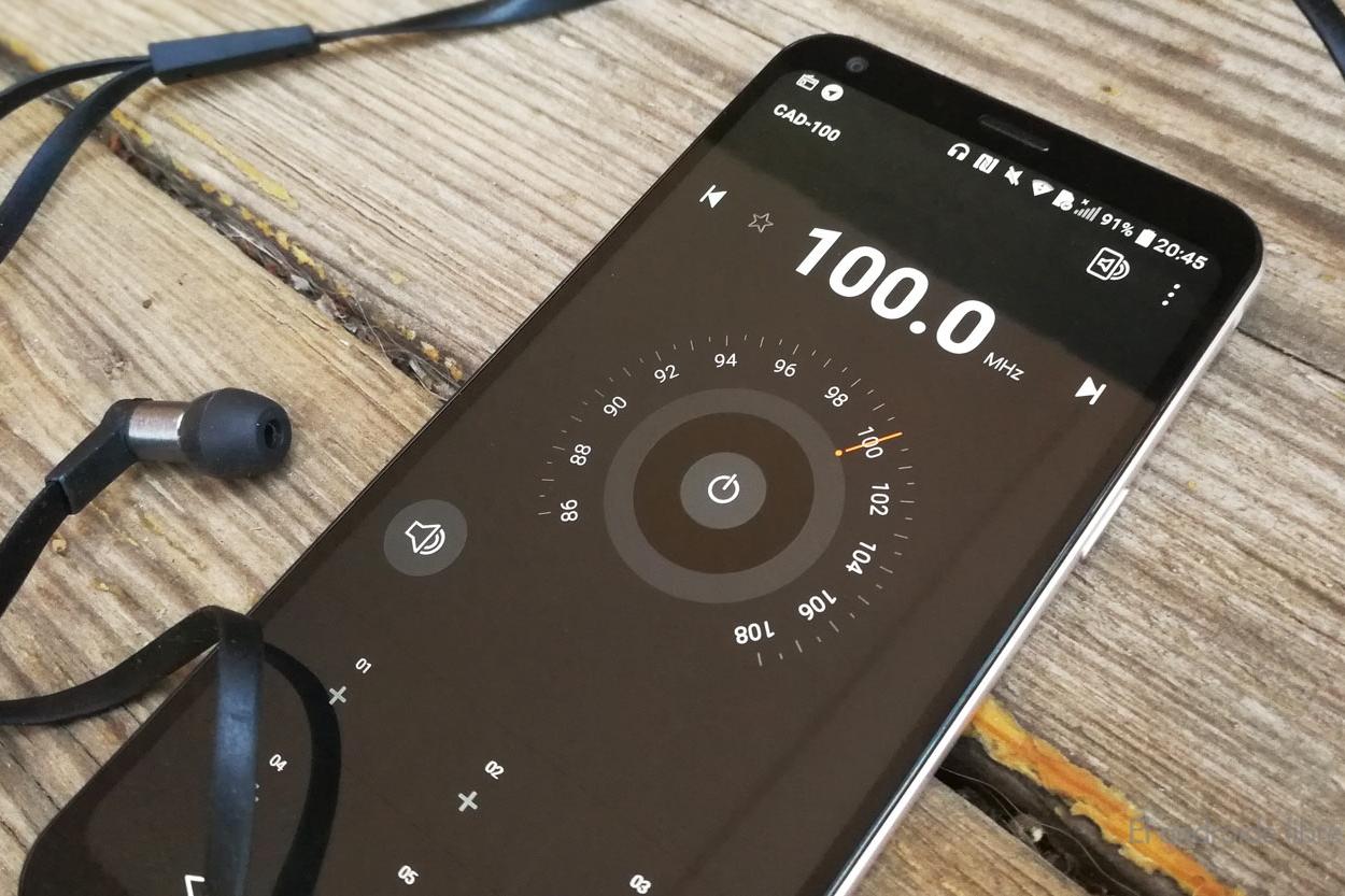 Imagem de Projeto de lei quer habilitar rádio FM em todos os smartphones brasileiros no tecmundo