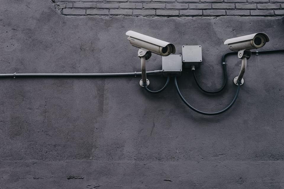 Imagem de O que você precisa saber para comprar uma câmera de segurança no tecmundo