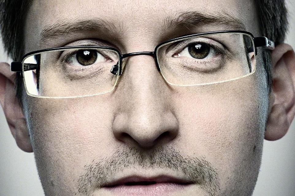 Imagem de Snowden anuncia novo app que transforma seu celular em sistema de segurança no tecmundo