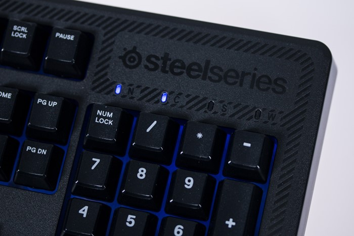 Teclas do SteelSeries Apex 100