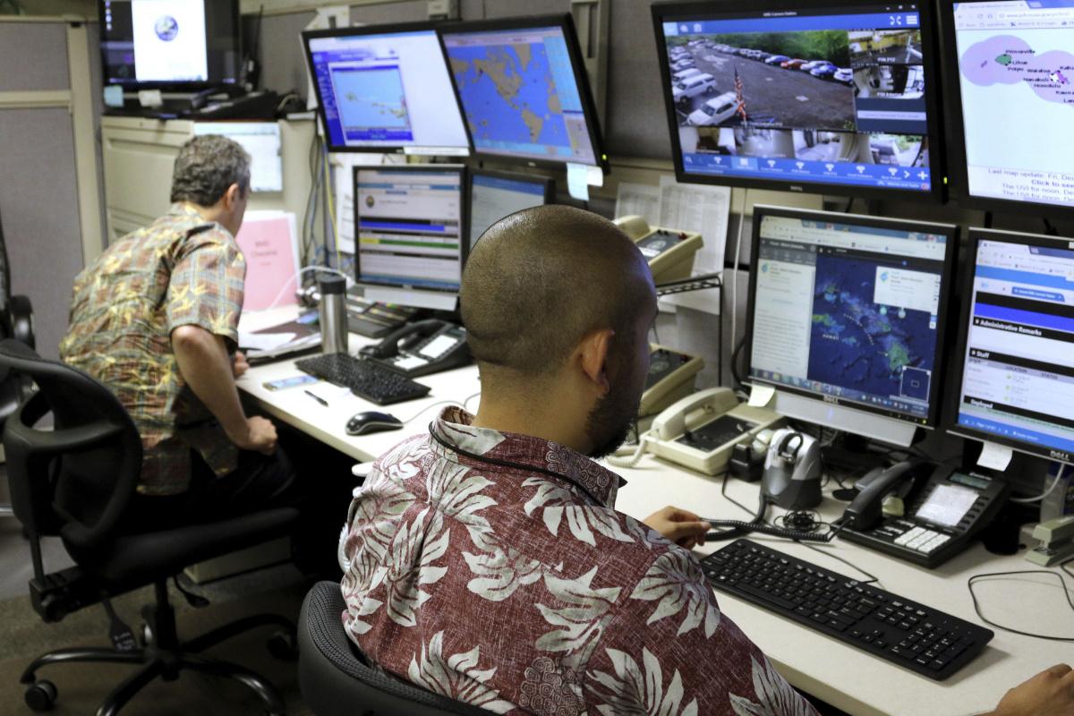 Imagem de Ameaça de bomba nuclear causa queda brusca de acessos em site pornográfico no tecmundo