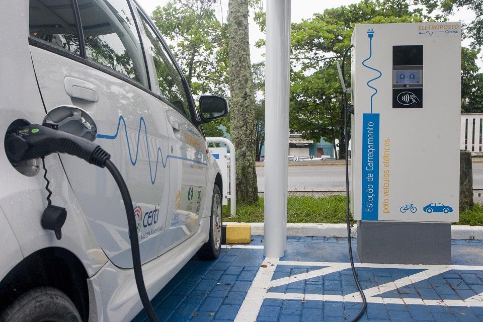 Imagem de Atenção: Cuidado com as estações de carregamento de carros elétricos no tecmundo