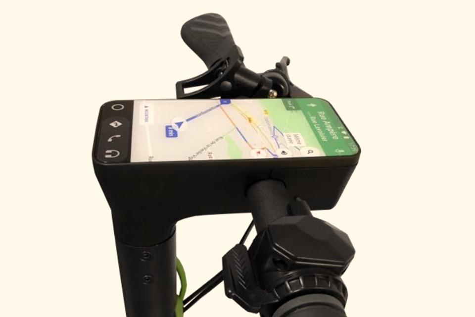 Imagem de Empresa francesa lança patinete motorizado com suporte de Android no tecmundo