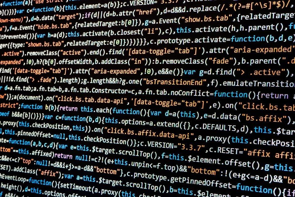 Imagem de JavaScript foi a linguagem mais usada em janeiro de 2018, aponta análise no tecmundo