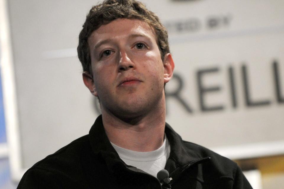 Imagem de Zuckerberg cutuca Apple: 'Quem cobra caro nem sempre se preocupa com você' no tecmundo